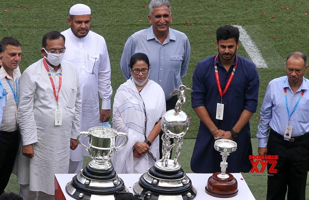 Durand Cup: যুবভারতীতে বায়ু সেনাকে জরুরি অবতরণ করালো মহমেডান